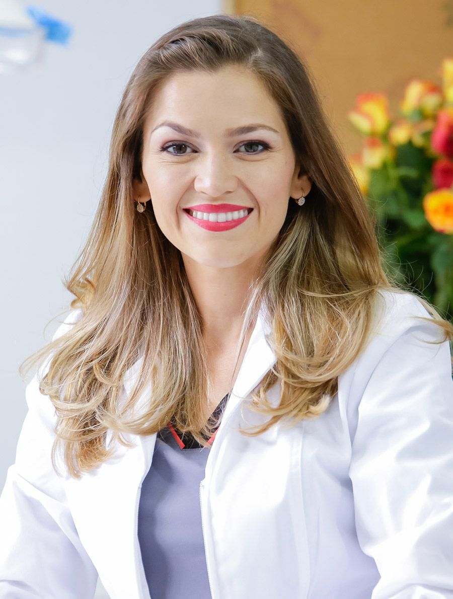 Dra. Laura Valverde